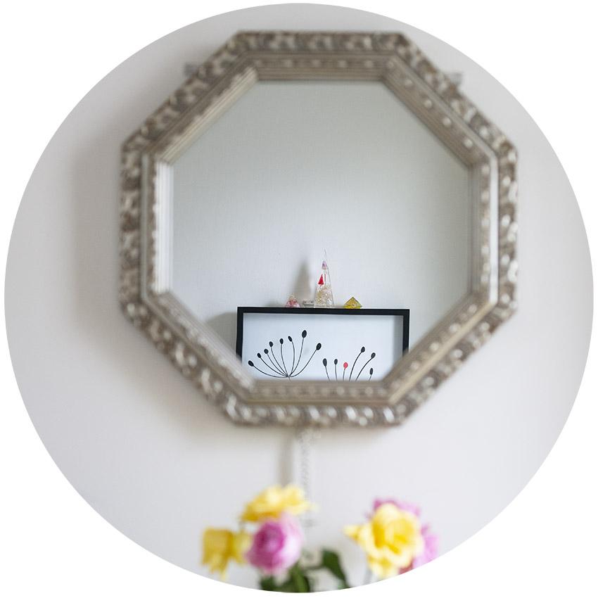 八卦鏡とオルゴナイト